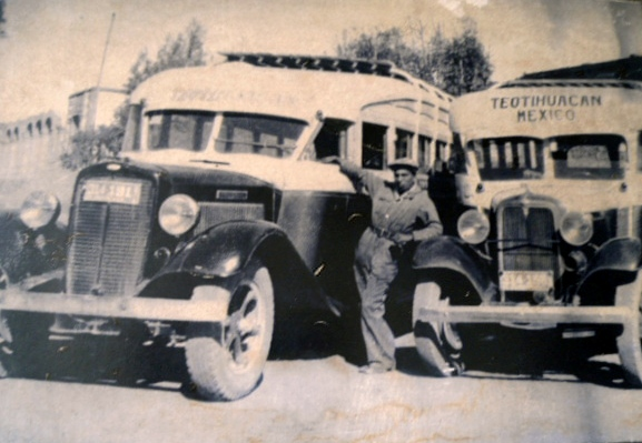 autobus antiguo teotihuacan 3
